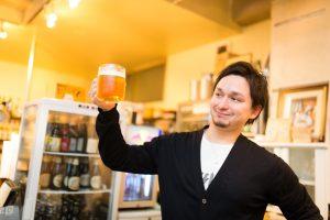 ビール片手のドイツ人ハーフ