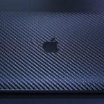 wraplusのスキンシールでMacBookを格好良く傷から保護。貼り方には注意点があります。