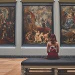 美術館での7つのマナー 〜作品鑑賞ルールを守り、空間作りに協力を〜