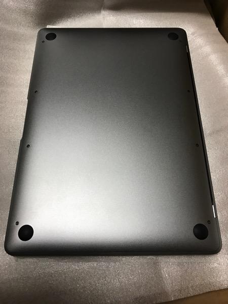 MacBookのバタフライキーボードの不調はトップケースの故障によるものでした