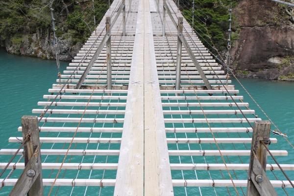 夢の吊り橋こと寸又峡へ H29 4月中旬 日曜午前の様子 7
