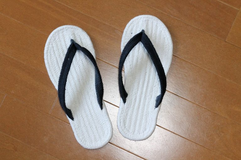 無印良品のルームサンダルは、夏の必須アイテム!涼しい、洗濯できる、しかも安い!