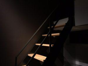 我が家の階段は絵になる