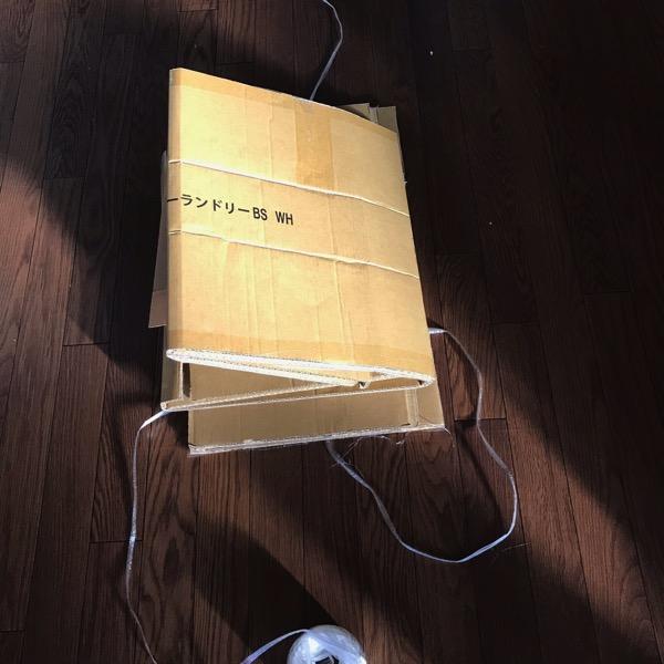 意外と知られていない ダンボールをビニーニ紐で結ぶ簡単な方法5
