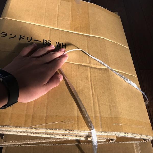 意外と知られていない ダンボールをビニーニ紐で結ぶ簡単な方法3