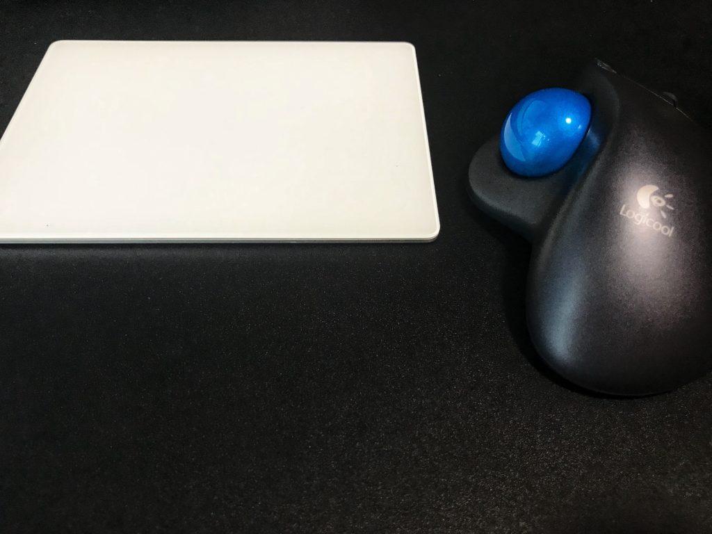 iMacでトラックパッドとトラックボール式マウスの二刀流